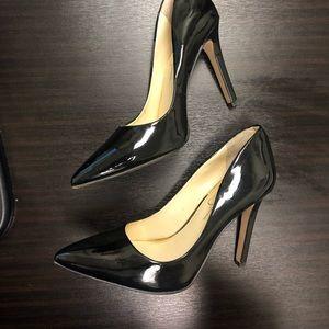 Black heels size 8 1/2
